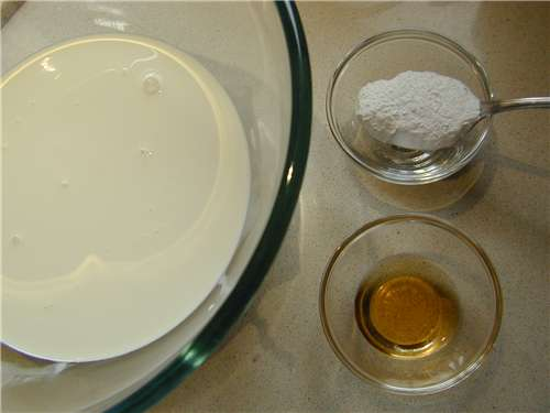 The ingredients for the whipped cream mixture